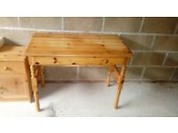 pine dressing table - free delivery