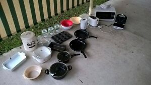 Kitchen wear and appliance bundle Forest Lake Brisbane South West Preview