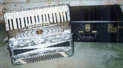 Solivio Soprano Silver Accordion with Case 120 Bass 41 Keys Mint Condition Italy