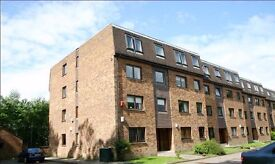 Two bedroom, second floor flat, to let near Bearsden, Glasgow