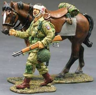 KING & COUNTRY D DAY DD072 U.S. 82ND AIRBORNE WOUNDED WITH HORSE MIB