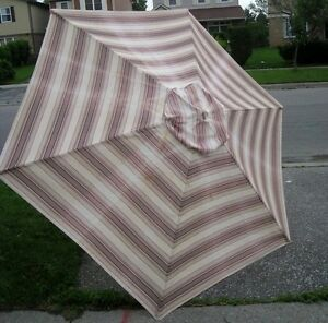 Tall 9' Patio Umbrella, used