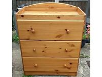 Baby changing unit chest of drawers
