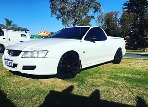VZ COMMODORE UTE 2006 Alexander Heights Wanneroo Area Preview