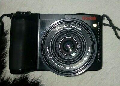 Kodak Easyshare 8 (Kodak EASYSHARE Z8612 IS 8.1MP Digitalkamera - Schwarz)