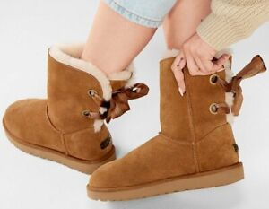 Brand New authentic UGG classic boots 7US (38EU)