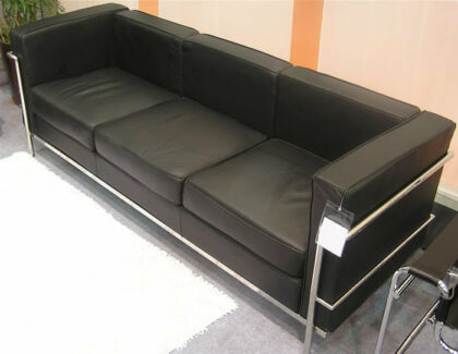 BRAND NEW REPLICA LECORBUSIER BLACK 3 SEATER SOFA Maroubra Eastern Suburbs Preview