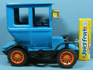 OLD-1950S-JAPAN-TRADE-MARK-TIN-FRICTION-TOY-CAR-MINT-TO-NEAR-MINT-COND-T36