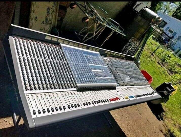 ML5000 Allen & Heath 48+ Channel Mixer with 2 Power Supplies