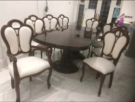 Mahogany veneer Grand Dining Table with 8 chairs