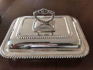 SILVER REGENCY PLATE SERVING DISH WITH COVER AND DIVIDER