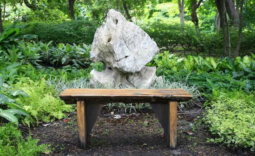 How to Make a DIY Garden Bench