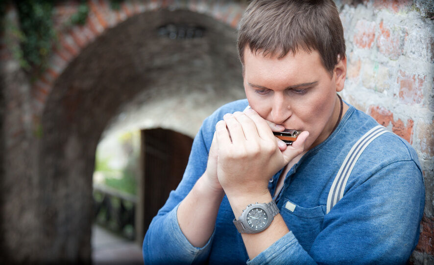 Your Guide to Buying a Harmonica