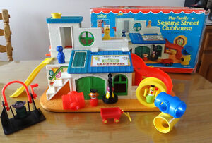 FISHER PRICE LITTLE PEOPLE SESAME STREET CLUBHOUSE # 937