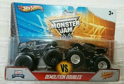 HOT WHEELS MONSTER JAM LUCAS CRUSADER AND DRAGONS BREATH DIECAST