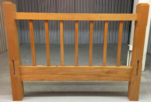 Bedroom furniture: Twin size solid maple bed frame