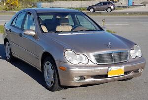 2002 Mercedes-Benz 200-Series Sedan