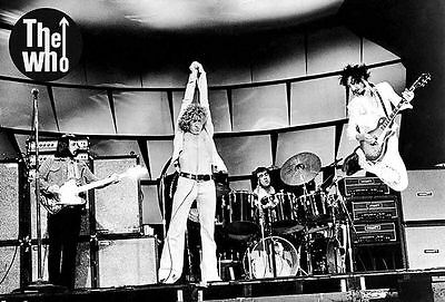 "THE WHO ""CLASSIC SHOT OF 70's BAND IN CONCERT"" POSTER FROM ASIA - Classic Rock"