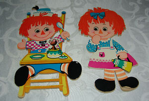 Vintage 1972 Raggedy Ann and Andy Wall Hangers Bobbs-Merrill Co.