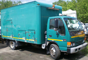2002 GMC W5500 Cabover Diesel Truck, very low km