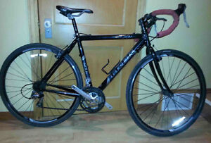 4 cyclocross bikes (Norco - Giant - Trek)