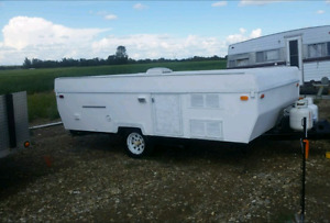 Camp lite large renovated tent trailer w/rare slideout