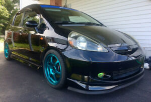 2007 Honda Fit Sport 5 speed / Only 121k!
