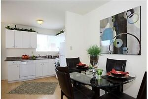 2 Bedroom Townhouse - Great Location on Southdale- Available Dec London Ontario image 2