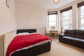 East Putney/Zone 2/near station - Gorgeous bedroom !