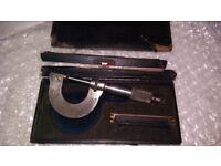 Vintage micrometre + Box