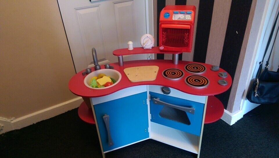 Melissa Doug Kids Corner Play Kitchen With Dishwasher Play Food Hours Of Fun Lowered To 25 In Hayes London Gumtree
