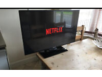 "42"" Finlux Smart tv with built in Netflix / YouTube Wireless"