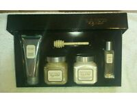 LAURA MERCIER GIFT SET