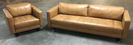 BRAND NEW FREEDOM FURNITURE LATITUDE SOFA & ARMCHAIR
