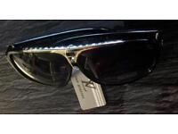 Louis Vuitton Black/gold sunglasses
