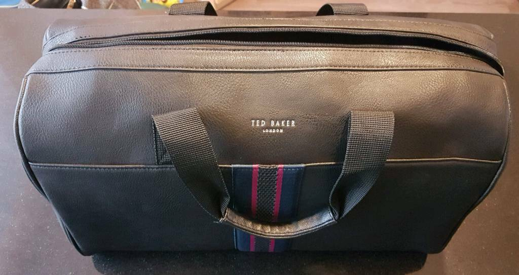 64726264e7 BRAND NEW with labels Ted Baker Yours Webbing Holdall   in ...