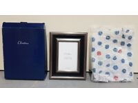 """Photo picture frame 4"""" x 6"""" aperture Wood and metallic effect freestanding"""
