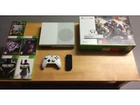 XBOX ONES S 4K 1TB WHITE BOXED 5 GAMES 1 CONTROLLER 1 MEDIA REMOVE HARDLY PLAYED 7 MONTHS OLD £160