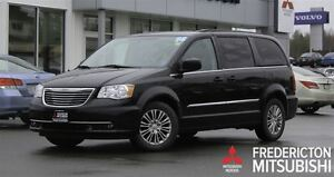 2014 Chrysler Town & Country TOURING L! HEATED LEATHER! DVD!