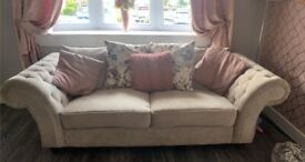 2&3 Chesterfield style sofa