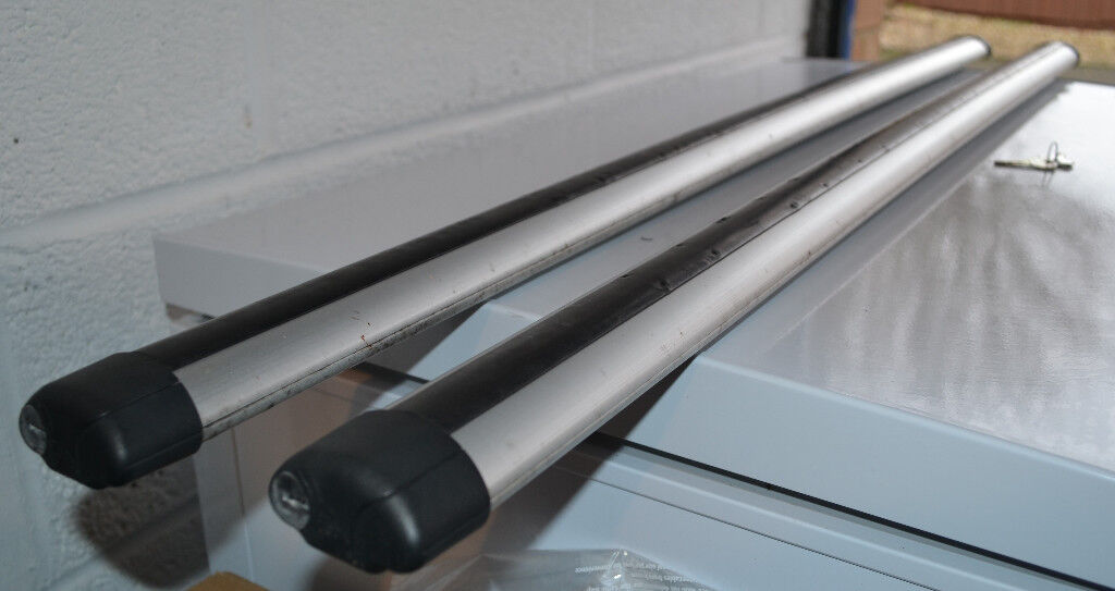 Thule 861 Aero Bars 120cm With Lockable Ends And Rubber