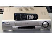 JVC HR-S6600EK Super VHS S-VHS Video Recorder