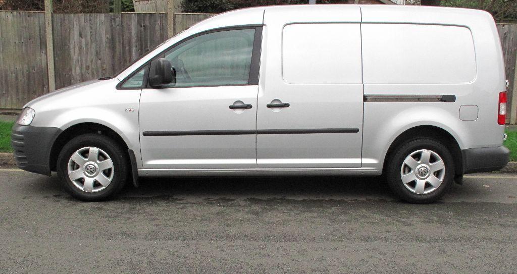 vw volkswagen caddy maxi automatic 2008 auto van diesel 4500 plus vat in kingston london. Black Bedroom Furniture Sets. Home Design Ideas