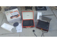Crosley Crusier Turntable in orginal Box and unknown turntable spares or repair do not power on