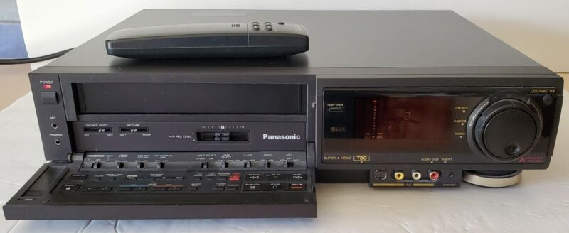 Panasonic AG-1970 Commercial Hi-Fi /S-VHS Player with Remote For Parts or Repair