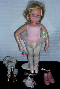 Ballet Figurines .. Antiques pieces...Excellent Condition Cambridge Kitchener Area image 7