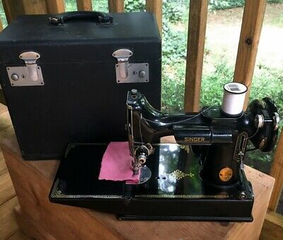 Singer Featherweight 221 CAT 3-120 Vintage Sewing Machine In Case -TESTED