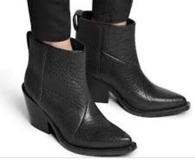 Acne Donna Boots Size 39 US 9 Pre-owned RETAIL $595