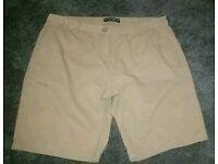 Dorothy perking shorts size 16
