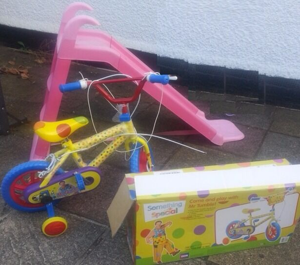 Brand new 12 Bike /Bicycle , Slide & free toys.